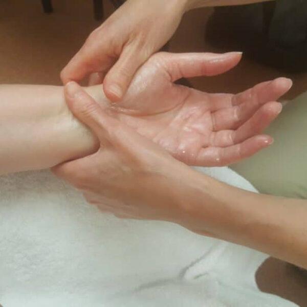 bon massage4 700x700